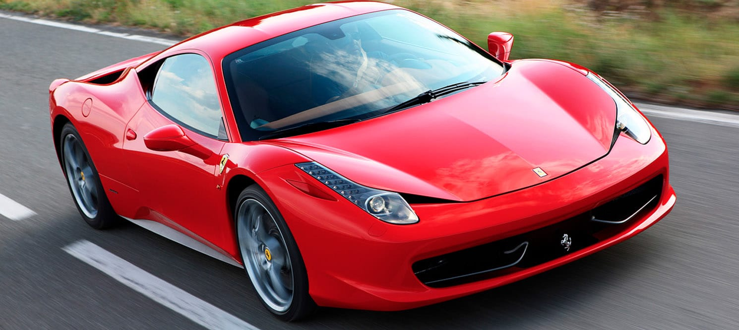 Ferrari-Luxury-Car-Hire-UK